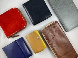 様々な形の財布